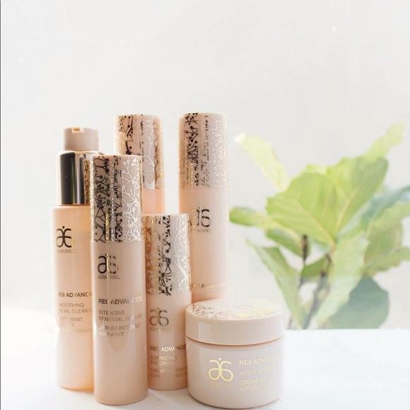NIB Arbonne RE9 Advanced Anti-Aging Skincare Set Boutique